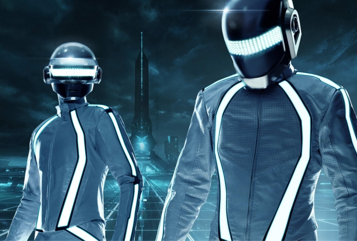 Tron Legacy: Daft Punk's Derezzed Collection